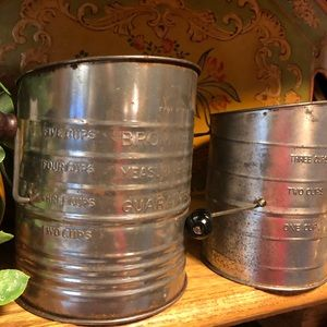 VIntage 2 Bromwells Sifters, 3 & 5 cup, collector